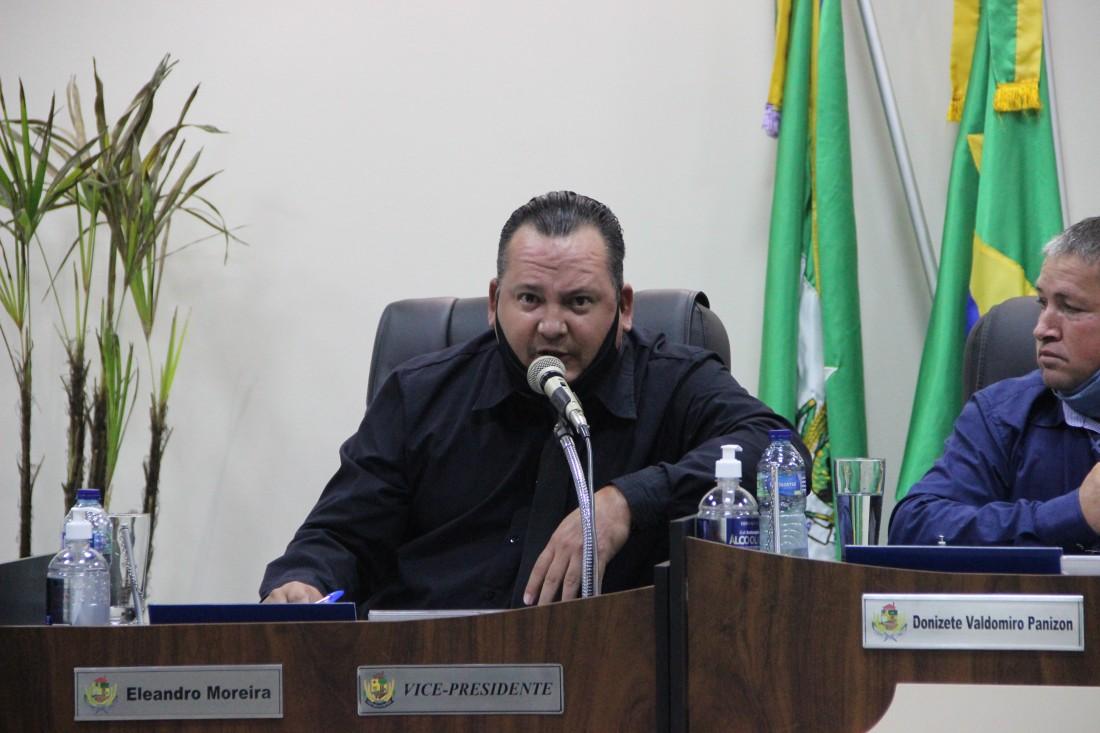 Eleandro pede atualização no Sistema de Inspeção Municipal (SIM)