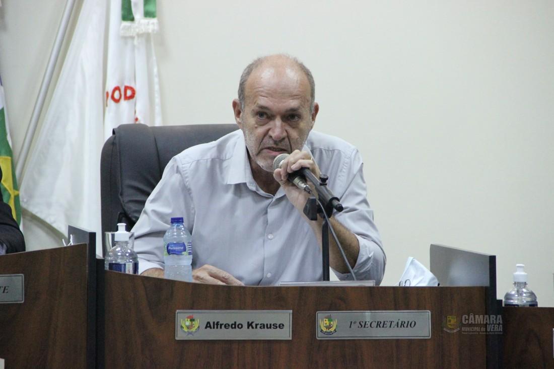 Alfredo constata necessidade e indica contratação de fonoaudióloga (o)